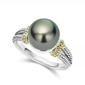 Jewelry - Elegant Round Irridescent Faux pearl ring